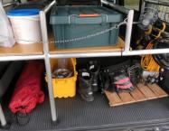 自動車荷室用アルミ収納